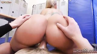 Giantess Milf And Mailing My Step Mom Dominant MILF Gets A Creampie After