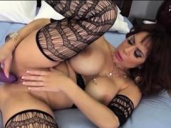 Alyssa Lynn In Perfect Toy Perfect Pussy