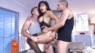 Sexy Mia Li Gets Double Penetrated