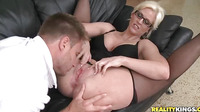 Let's Take My Milf Boss To My Home For Sex