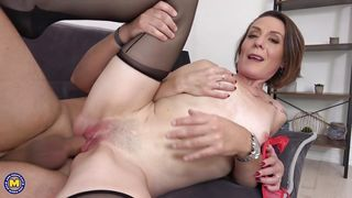 Mature Beauty In Stockings Gets Fucked By Huge Cock