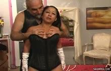 Amateur Hoe Bondage And Spanking Vid