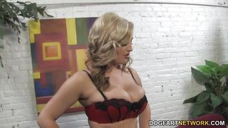 Dayna Vendetta Interracial   Cuckold Sessions