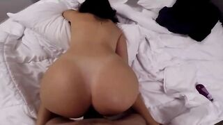 POV Big Ass Amateur Woman Loves Getting Banged In A Doggy Style Position