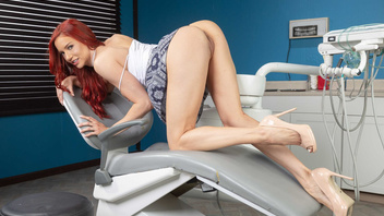 Two Redheads Jayden Cole And Molly Stewart Bang