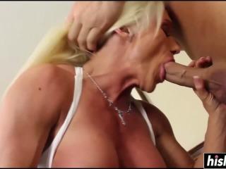 Bendy Girl Pleasures Her Sexy Girlfriend