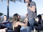 Luscious Babe Jaye Summers Gives A Blowjob At The Party And Gets Fucked In Public
