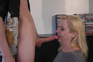 Getting Deep Access On A Mall MILF