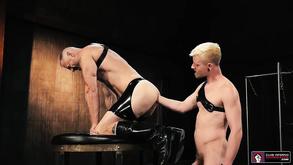 Deep Hole Fisting Gay